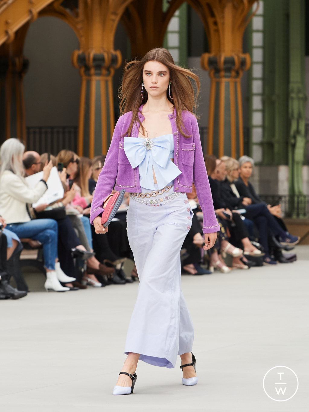 Fashion Week Paris Resort 2020 look 49 from the Chanel collection womenswear