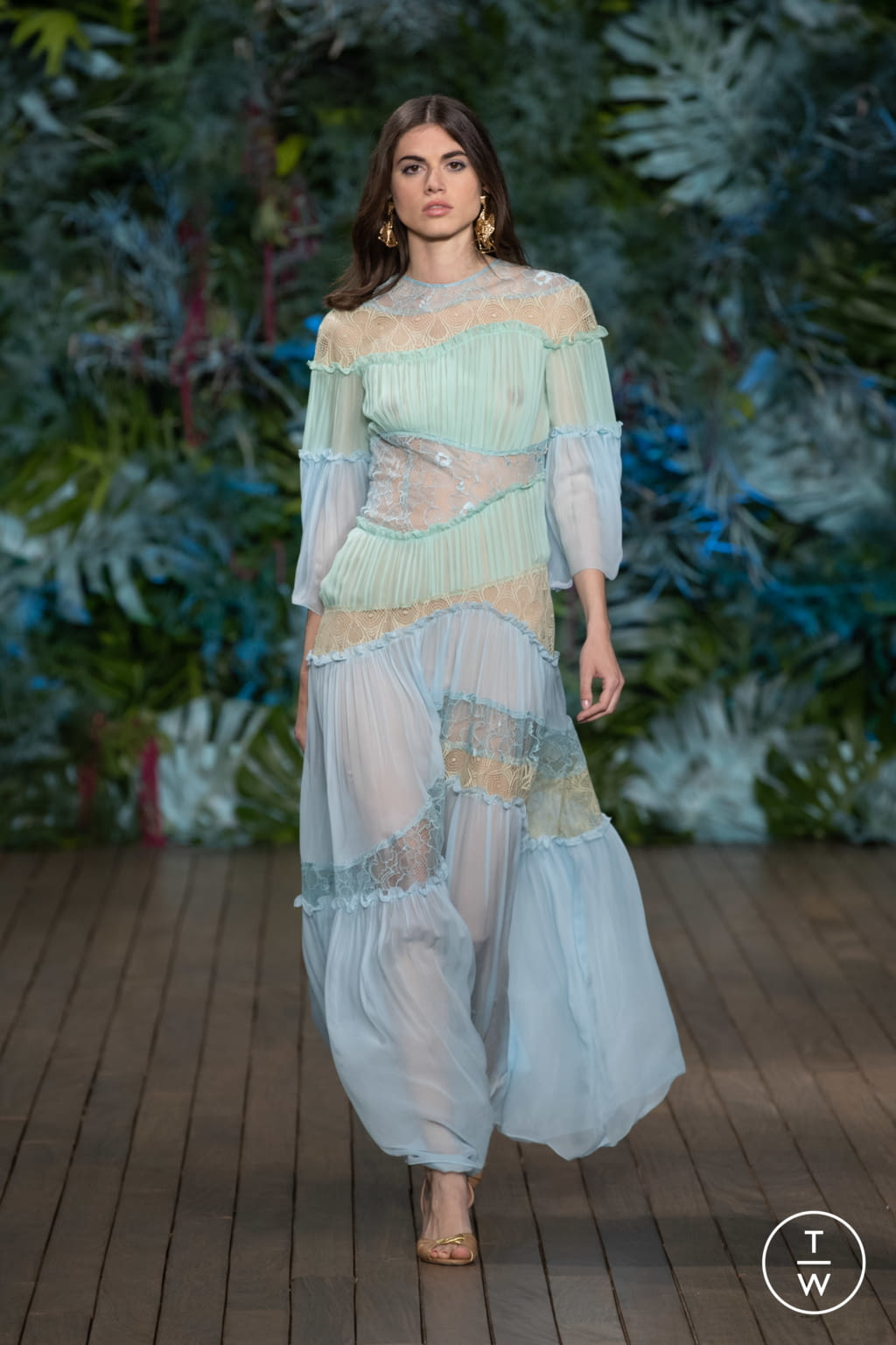 Fashion Week Milan Resort 2020 look 49 from the Alberta Ferretti collection womenswear