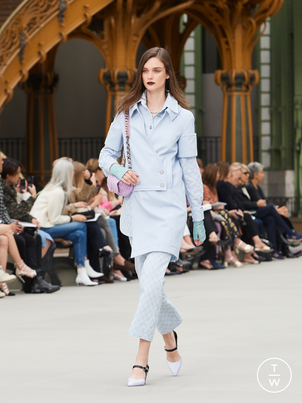 Fashion Week Paris Resort 2020 look 51 from the Chanel collection womenswear