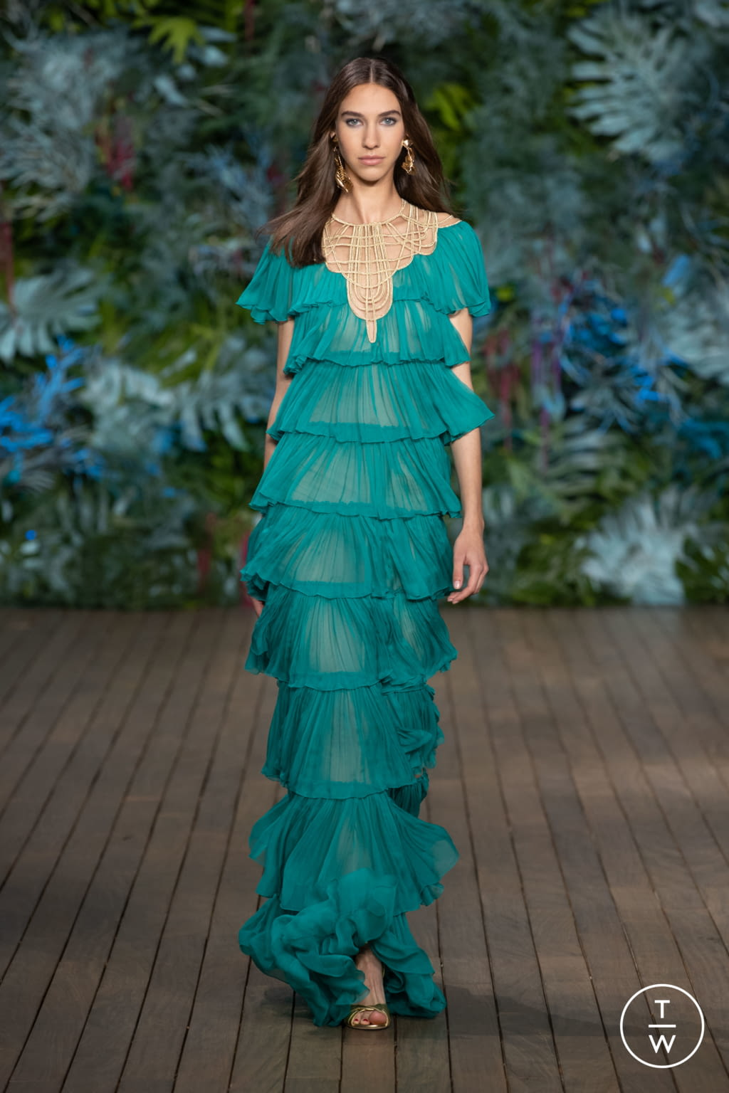 Fashion Week Milan Resort 2020 look 51 from the Alberta Ferretti collection womenswear