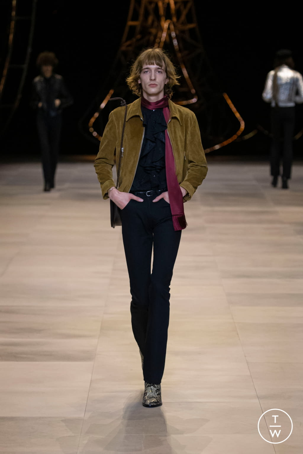 Fashion Week Paris Fall/Winter 2020 look 56 from the Celine collection womenswear