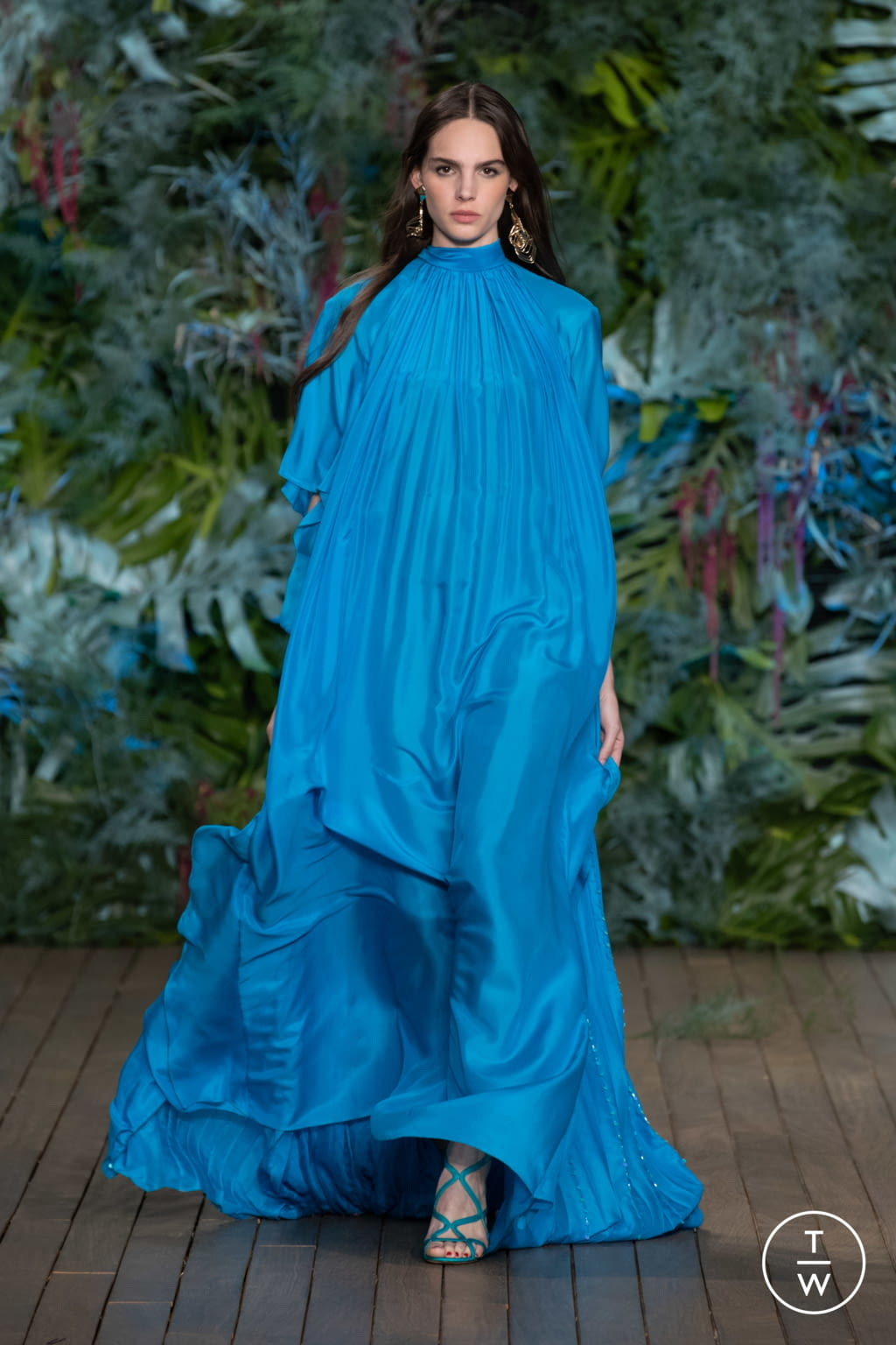 Fashion Week Milan Resort 2020 look 58 from the Alberta Ferretti collection womenswear
