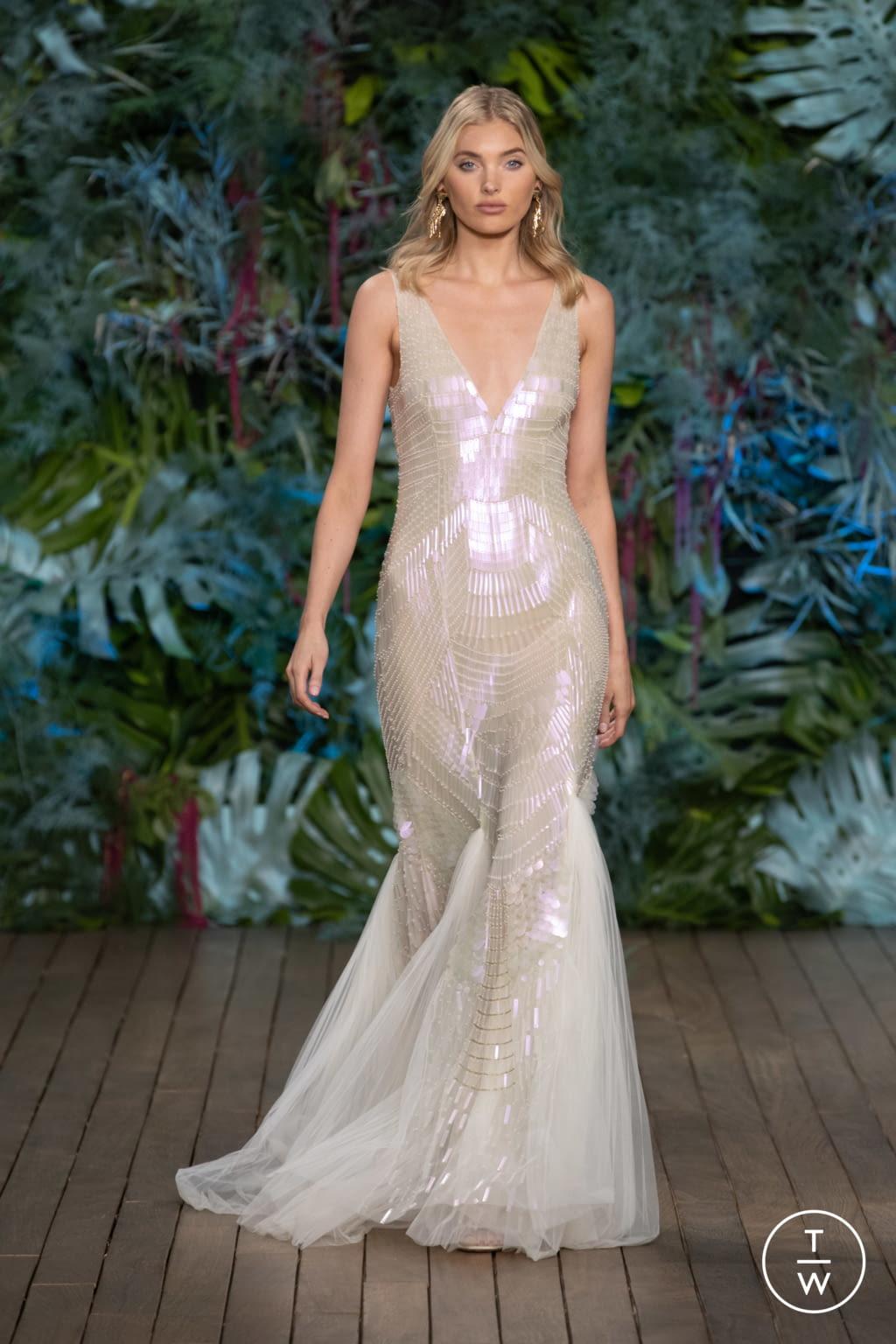Fashion Week Milan Resort 2020 look 59 from the Alberta Ferretti collection womenswear