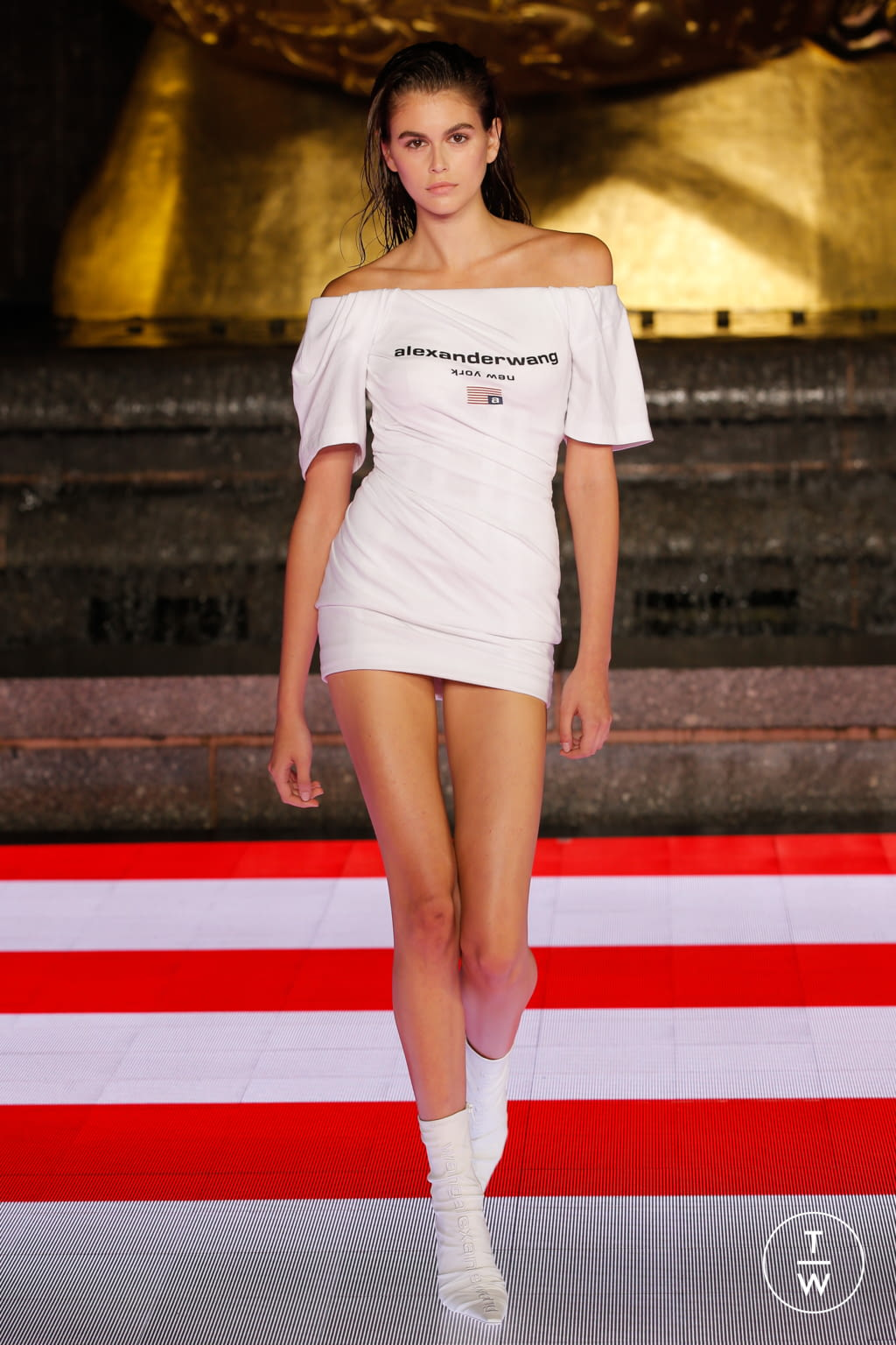 Fashion Week New York Spring/Summer 2020 look 60 from the Alexander Wang collection 女装