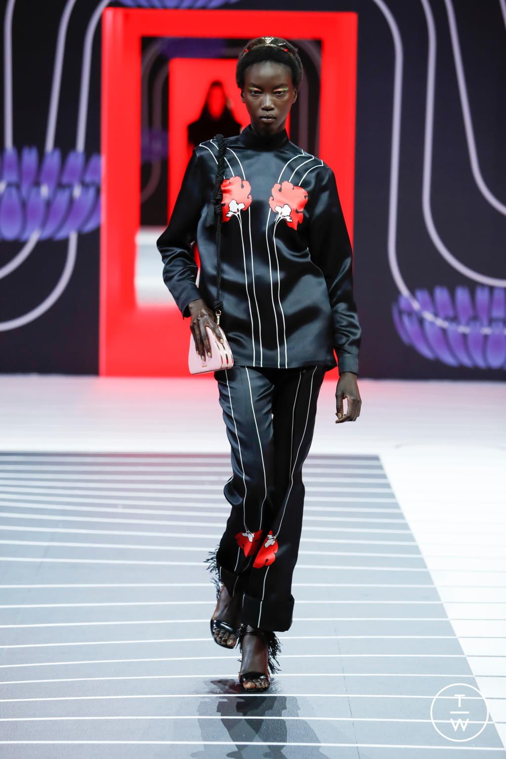 Fashion Week Milan Fall/Winter 2020 look 60 de la collection Prada womenswear