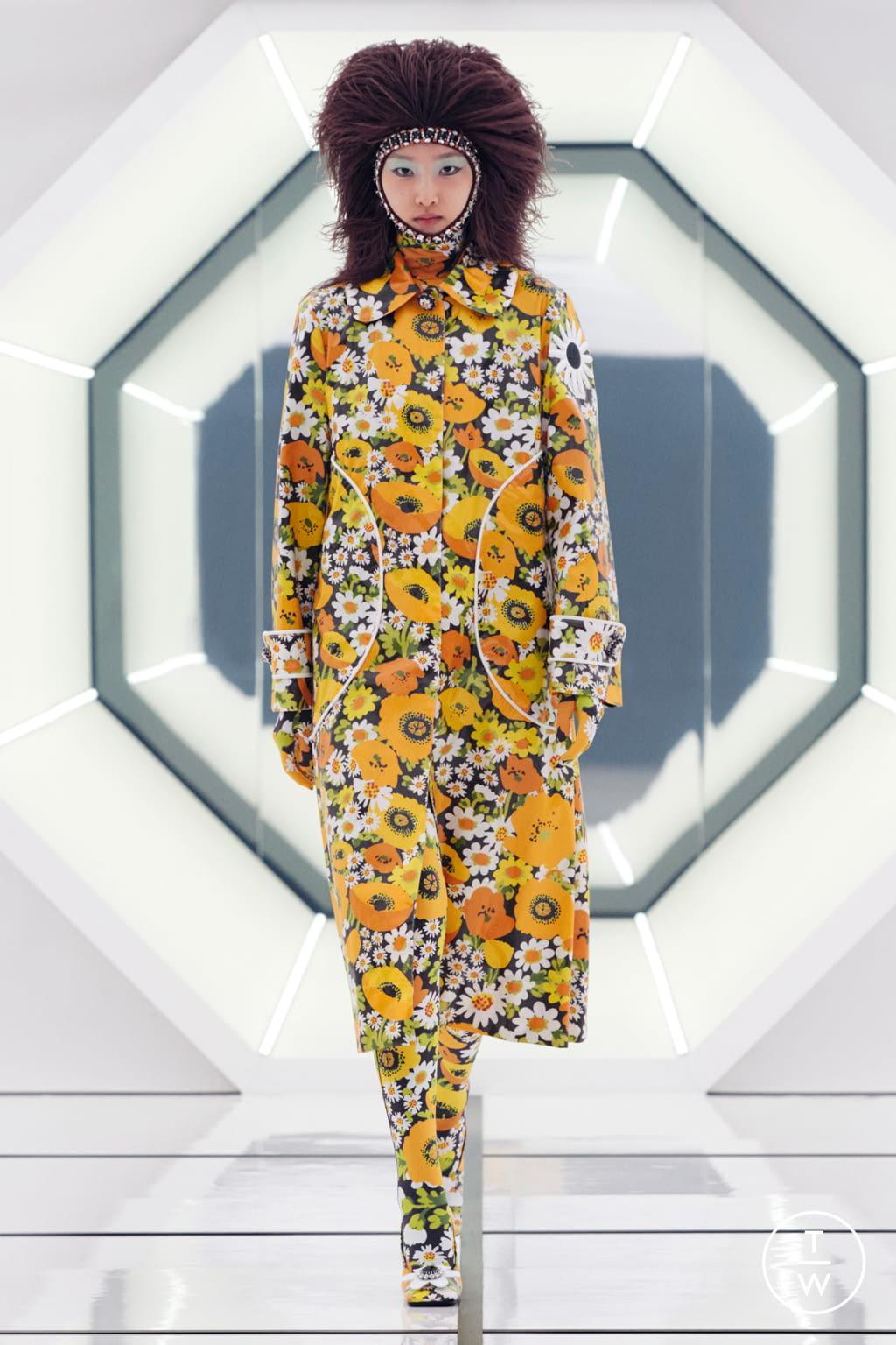 Fashion Week Milan Fall/Winter 2020 look 3 de la collection 8 Moncler Richard Quinn womenswear