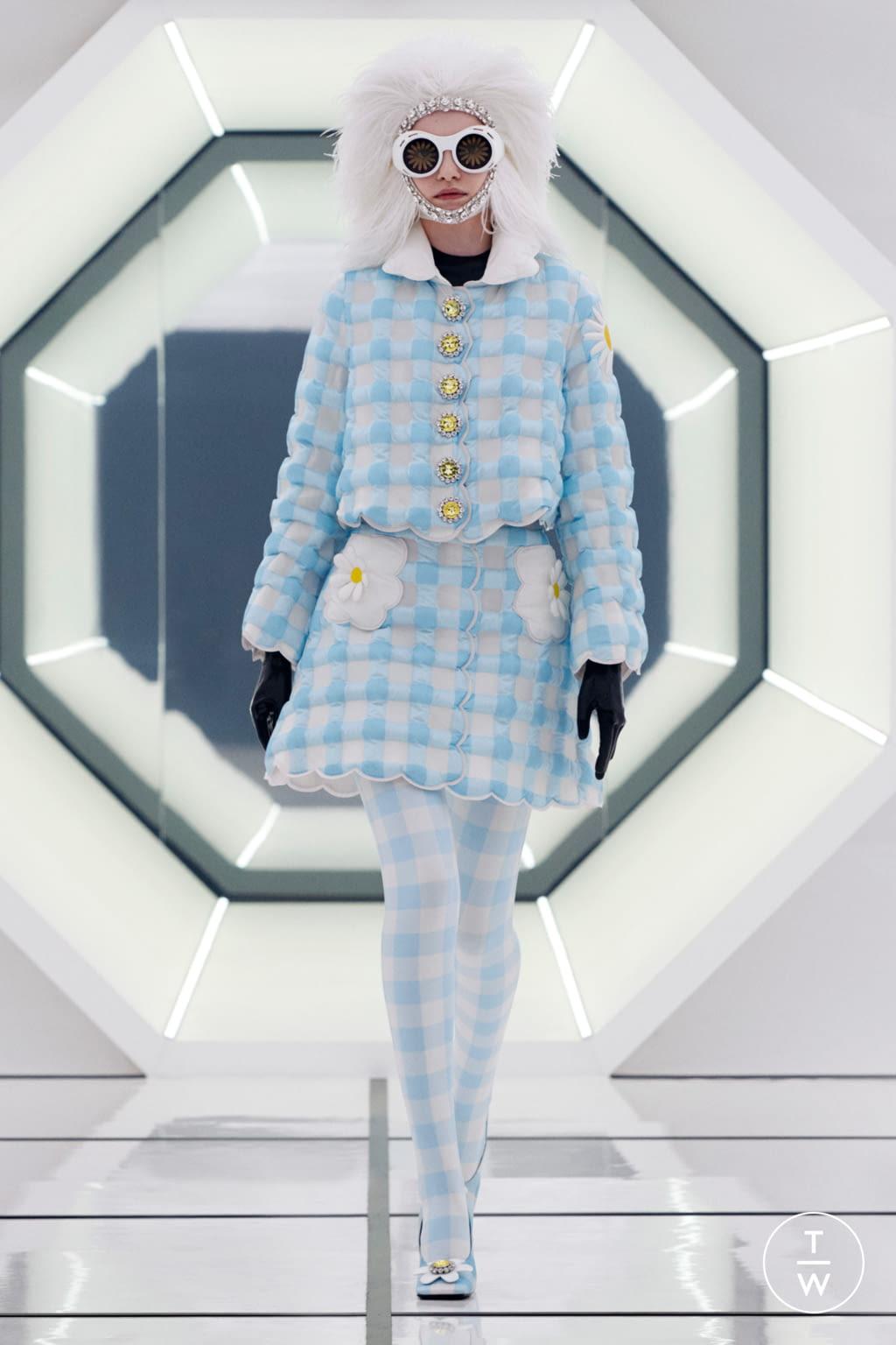 Fashion Week Milan Fall/Winter 2020 look 4 de la collection 8 Moncler Richard Quinn womenswear
