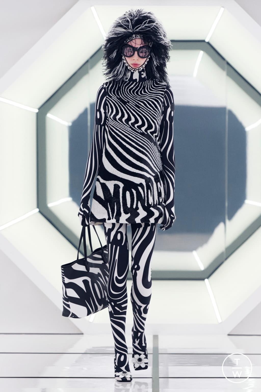 Fashion Week Milan Fall/Winter 2020 look 11 de la collection 8 Moncler Richard Quinn womenswear