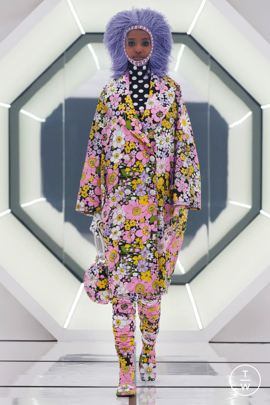 Fashion Week Milan Fall/Winter 2020 look 19 from the 8 Moncler Richard Quinn collection womenswear