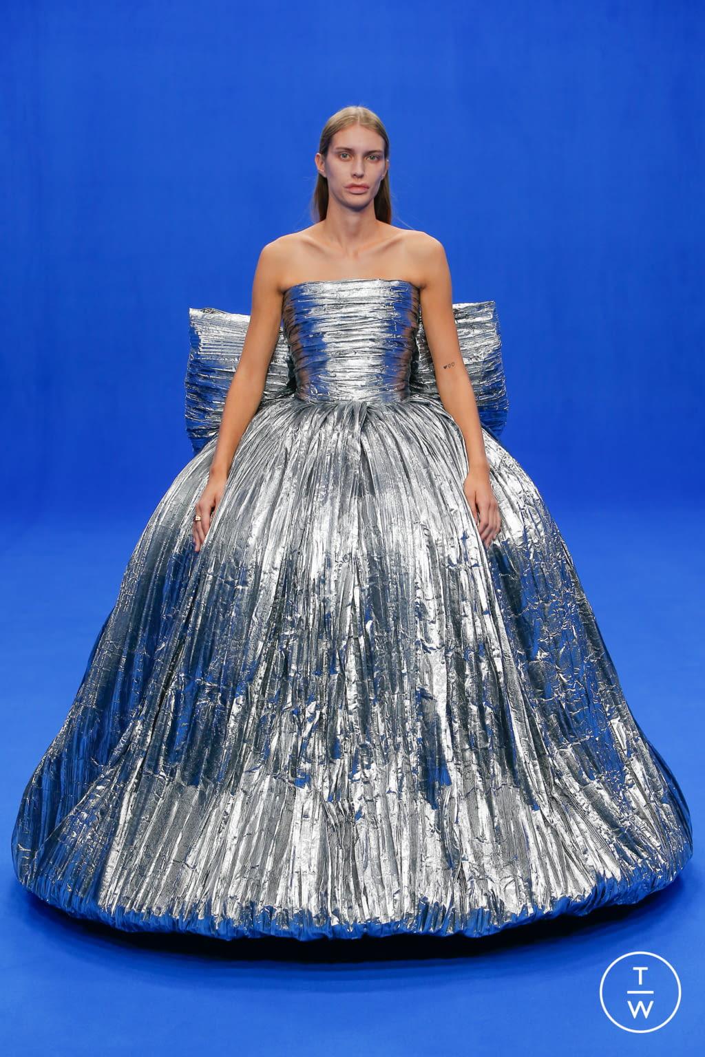 Fashion Week Paris Spring/Summer 2020 look 87 from the Balenciaga collection womenswear