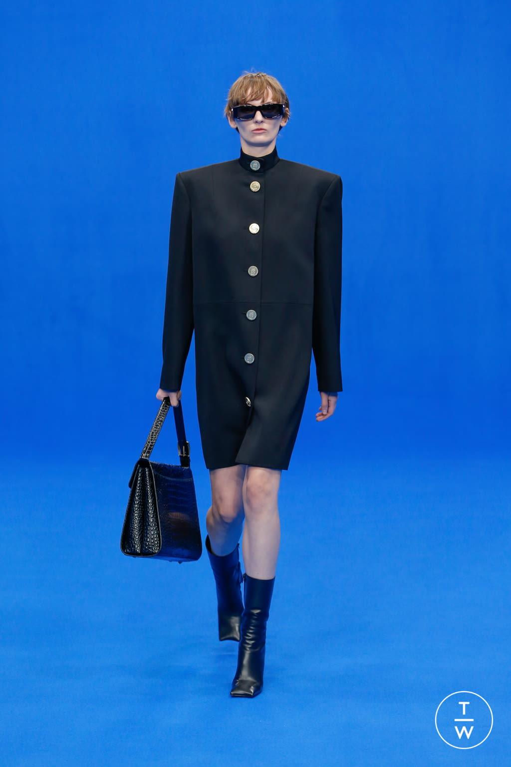 Fashion Week Paris Spring/Summer 2020 look 9 de la collection Balenciaga womenswear