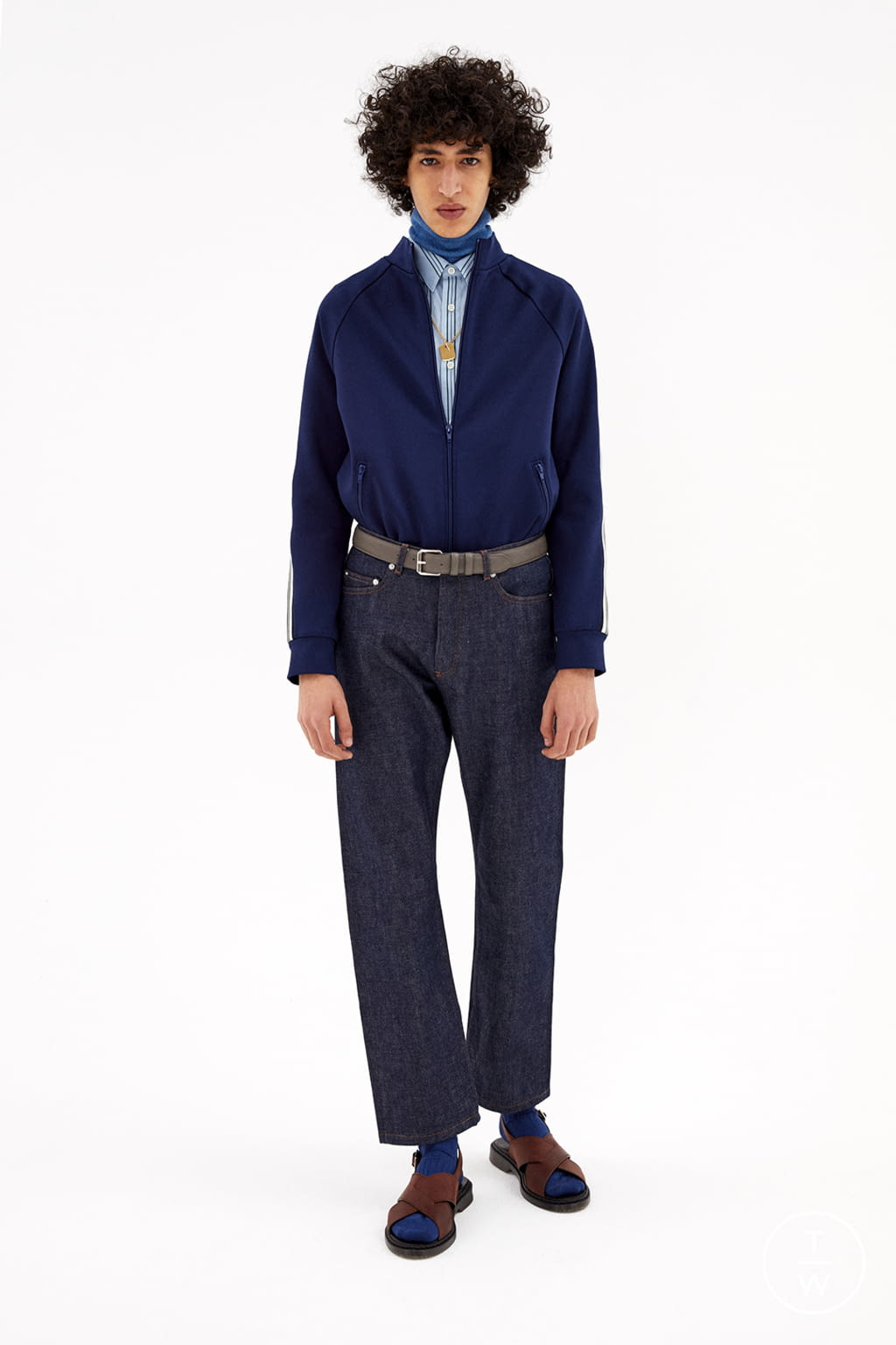 Fashion Week Paris Fall/Winter 2020 look 14 from the Apc collection womenswear