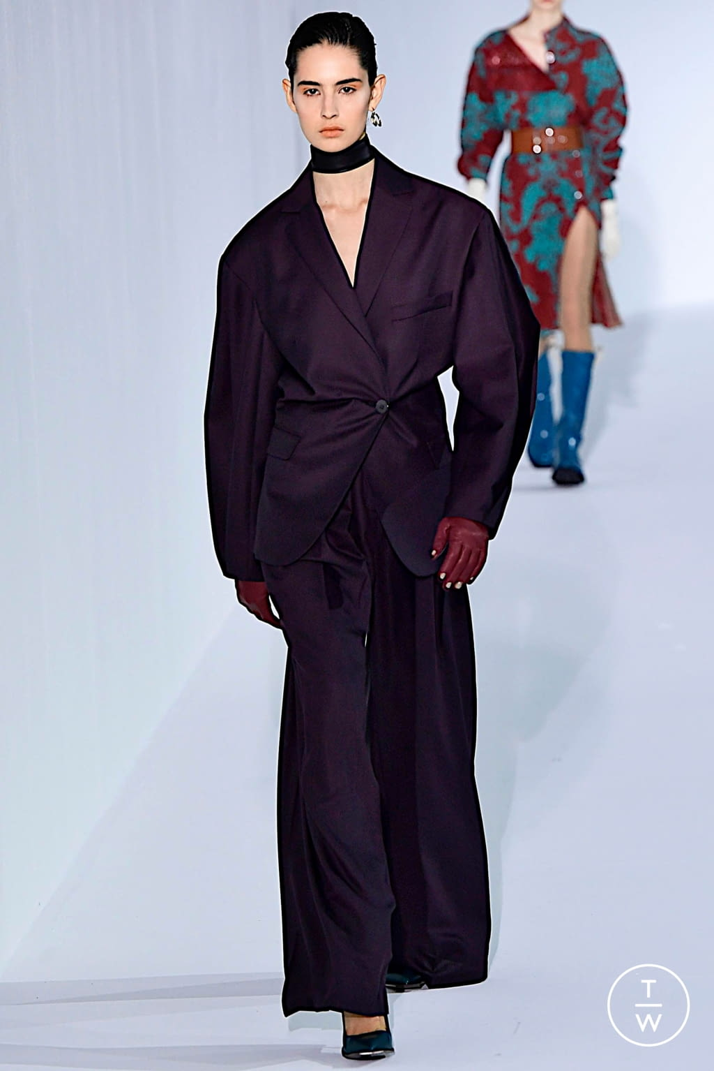 Fashion Week Paris Fall/Winter 2019 look 19 from the Acne Studios collection womenswear