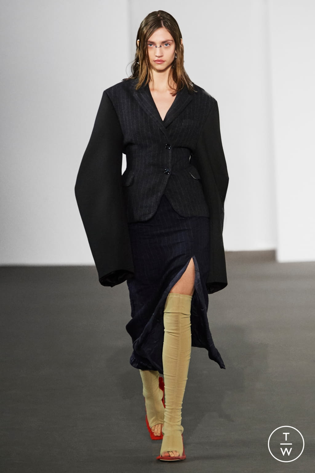 Fashion Week Paris Fall/Winter 2020 look 18 from the Acne Studios collection womenswear