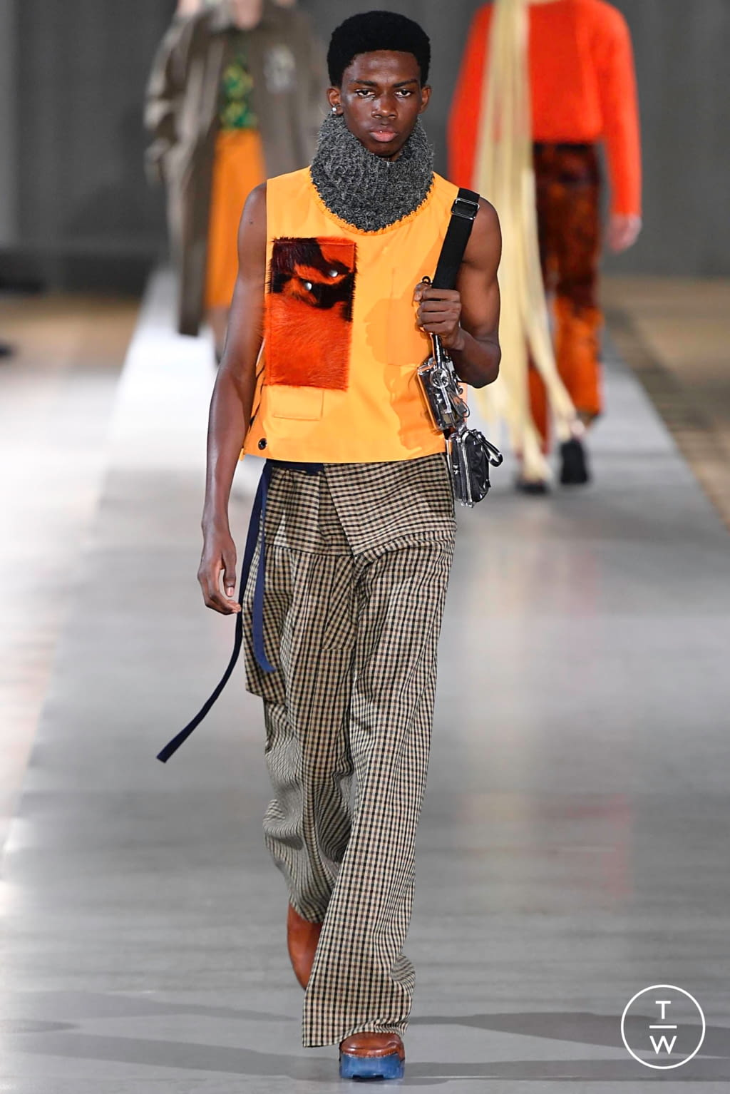 Fashion Week Paris Fall/Winter 2019 look 3 from the Acne Studios collection menswear