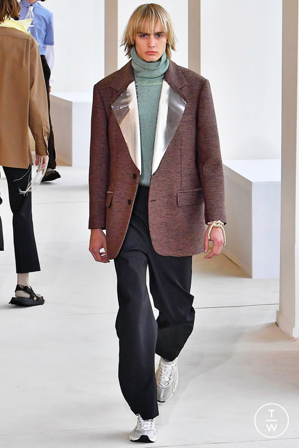 Fashion Week Paris Spring/Summer 2020 look 16 from the Acne Studios collection menswear