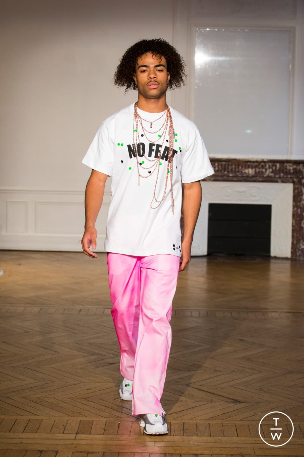 Fashion Week Paris Spring/Summer 2020 look 4 from the Afterhomework collection womenswear