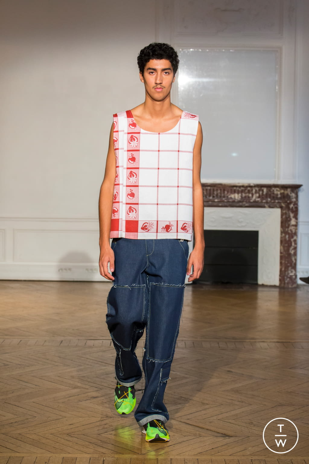 Fashion Week Paris Spring/Summer 2020 look 19 from the Afterhomework collection womenswear