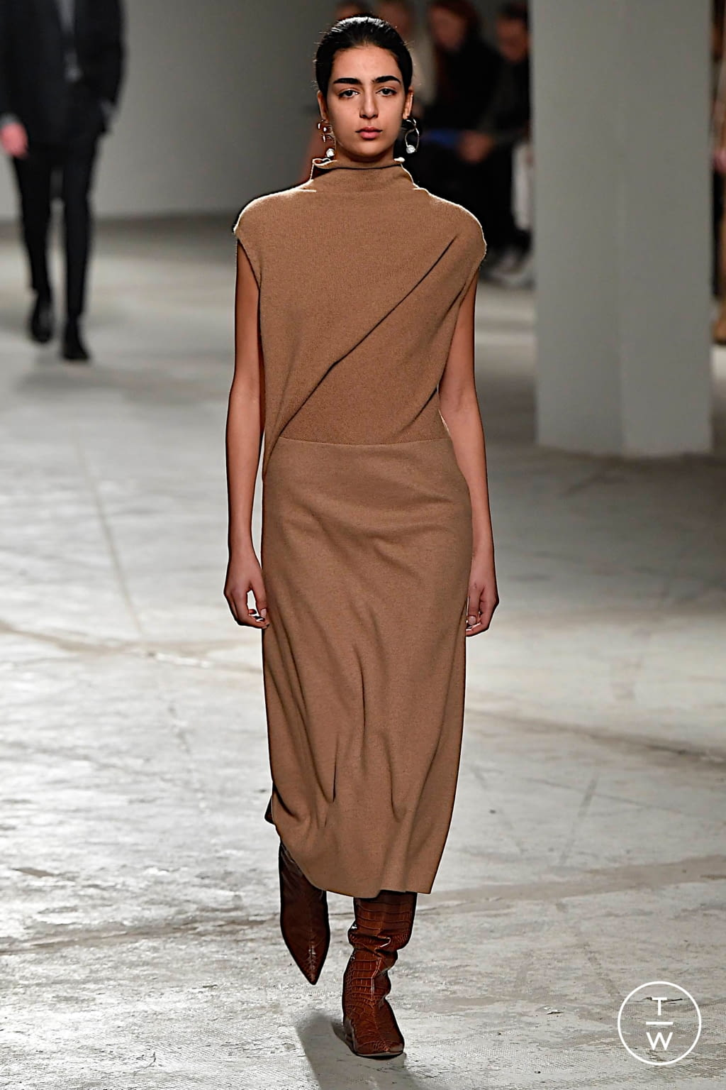 Fashion Week Milan Fall/Winter 2020 look 6 from the Agnona collection womenswear