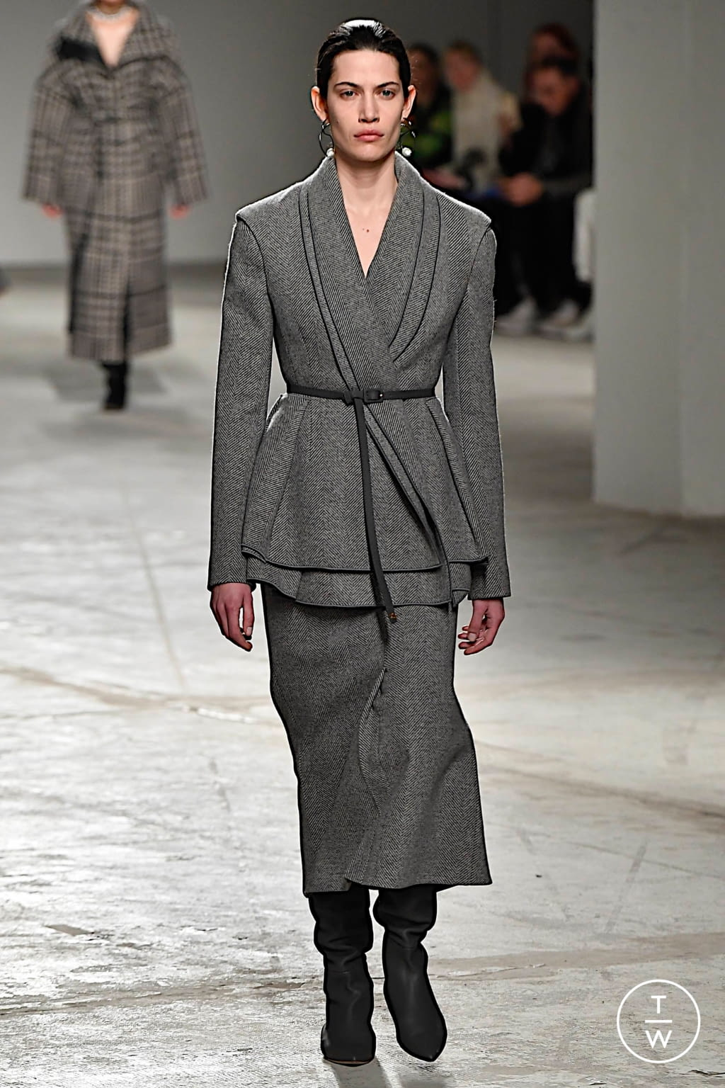 Fashion Week Milan Fall/Winter 2020 look 32 from the Agnona collection womenswear