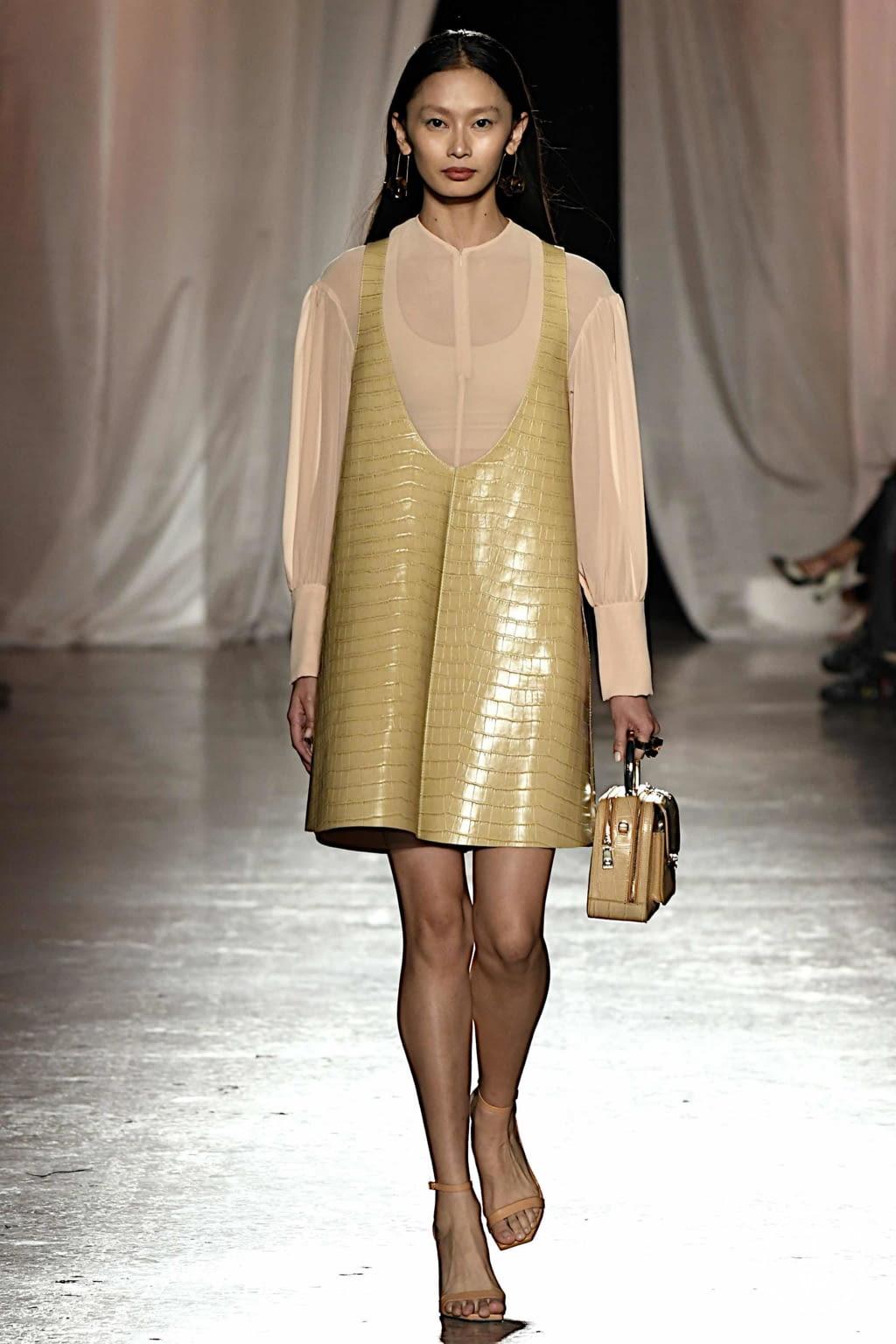 Fashion Week Milan Spring/Summer 2020 look 19 de la collection Aigner womenswear