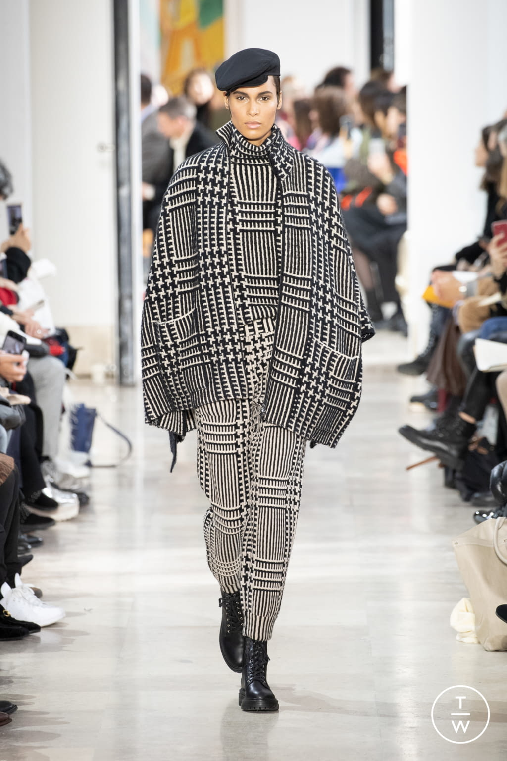 Fashion Week Paris Fall/Winter 2020 look 4 from the Akris collection womenswear