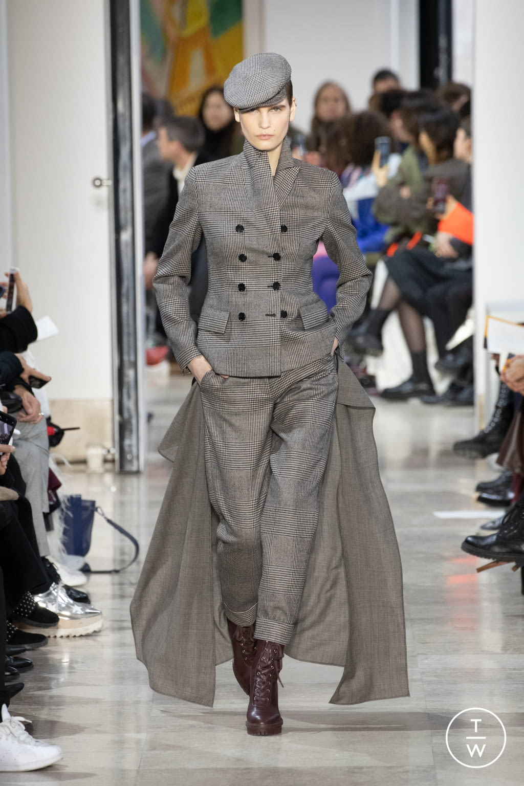Fashion Week Paris Fall/Winter 2020 look 22 from the Akris collection womenswear