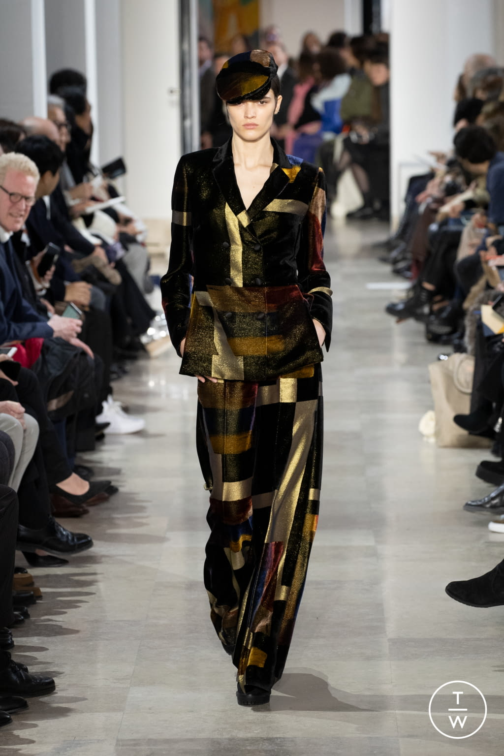 Fashion Week Paris Fall/Winter 2020 look 51 from the Akris collection womenswear