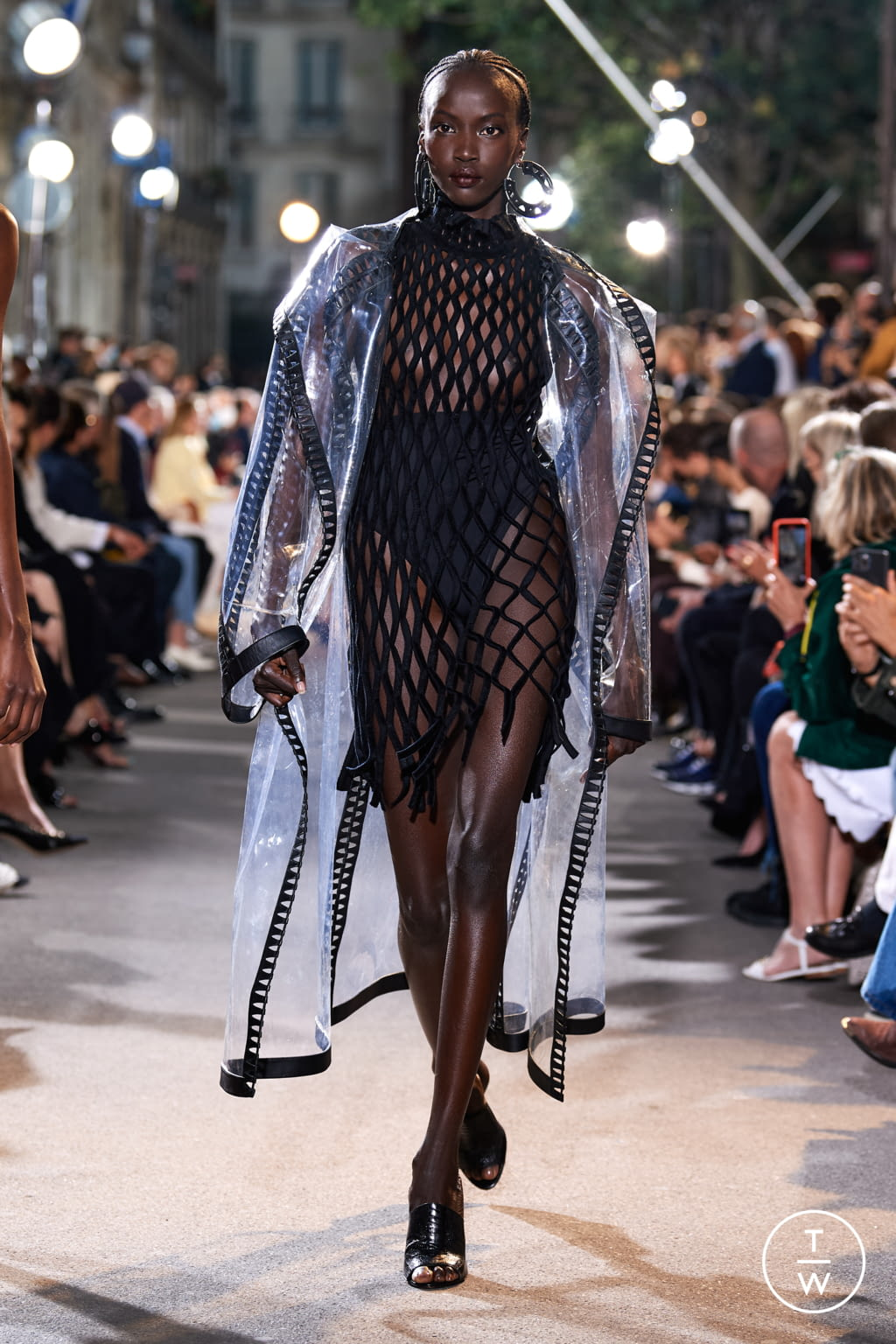Fashion Week Paris Spring/Summer 2022 look 29 from the Alaïa collection womenswear