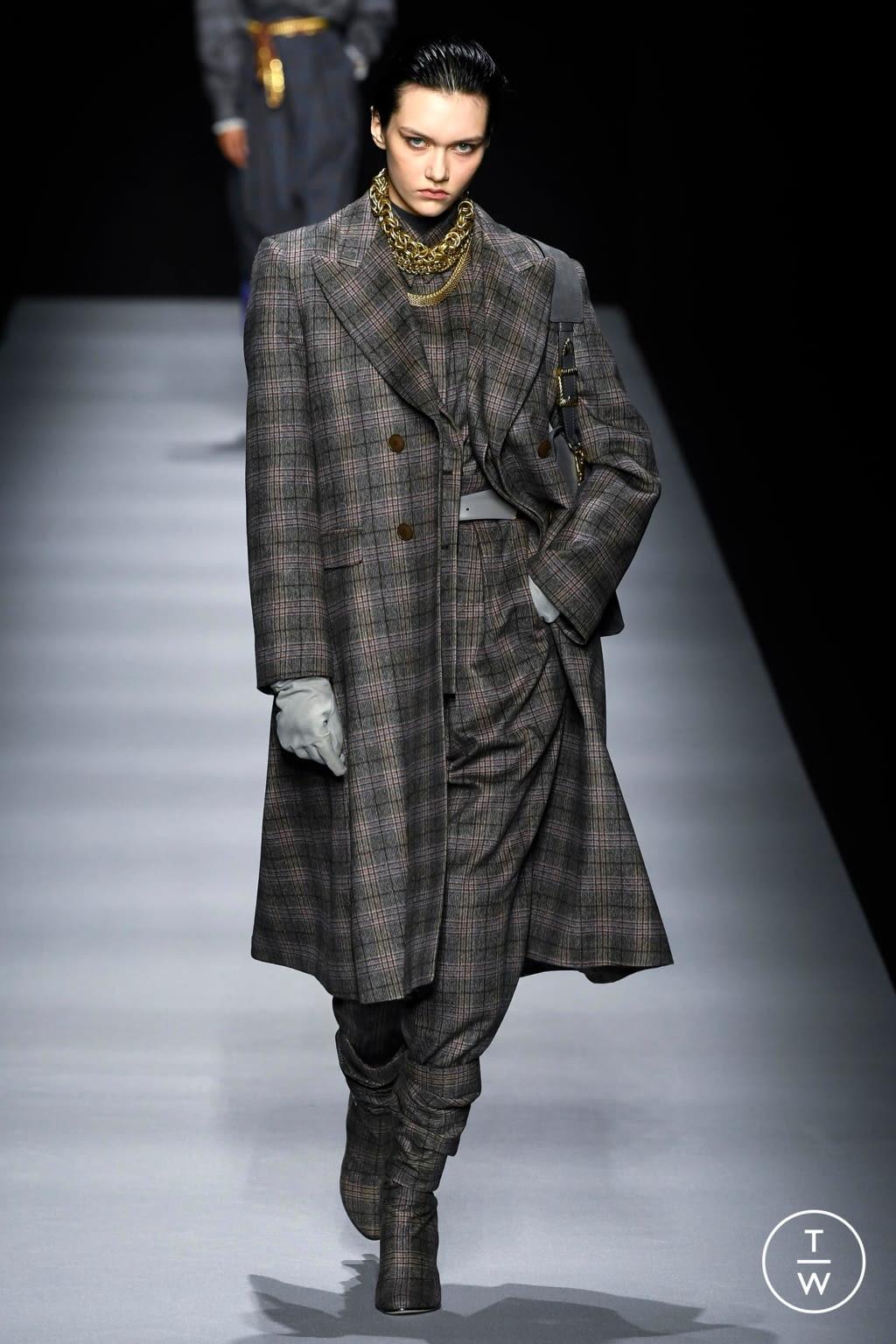 Fashion Week Milan Fall/Winter 2020 look 15 from the Alberta Ferretti collection womenswear
