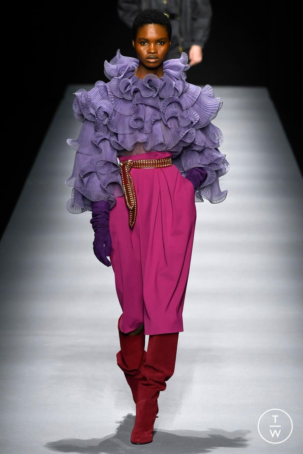Fashion Week Milan Fall/Winter 2020 look 25 from the Alberta Ferretti collection womenswear