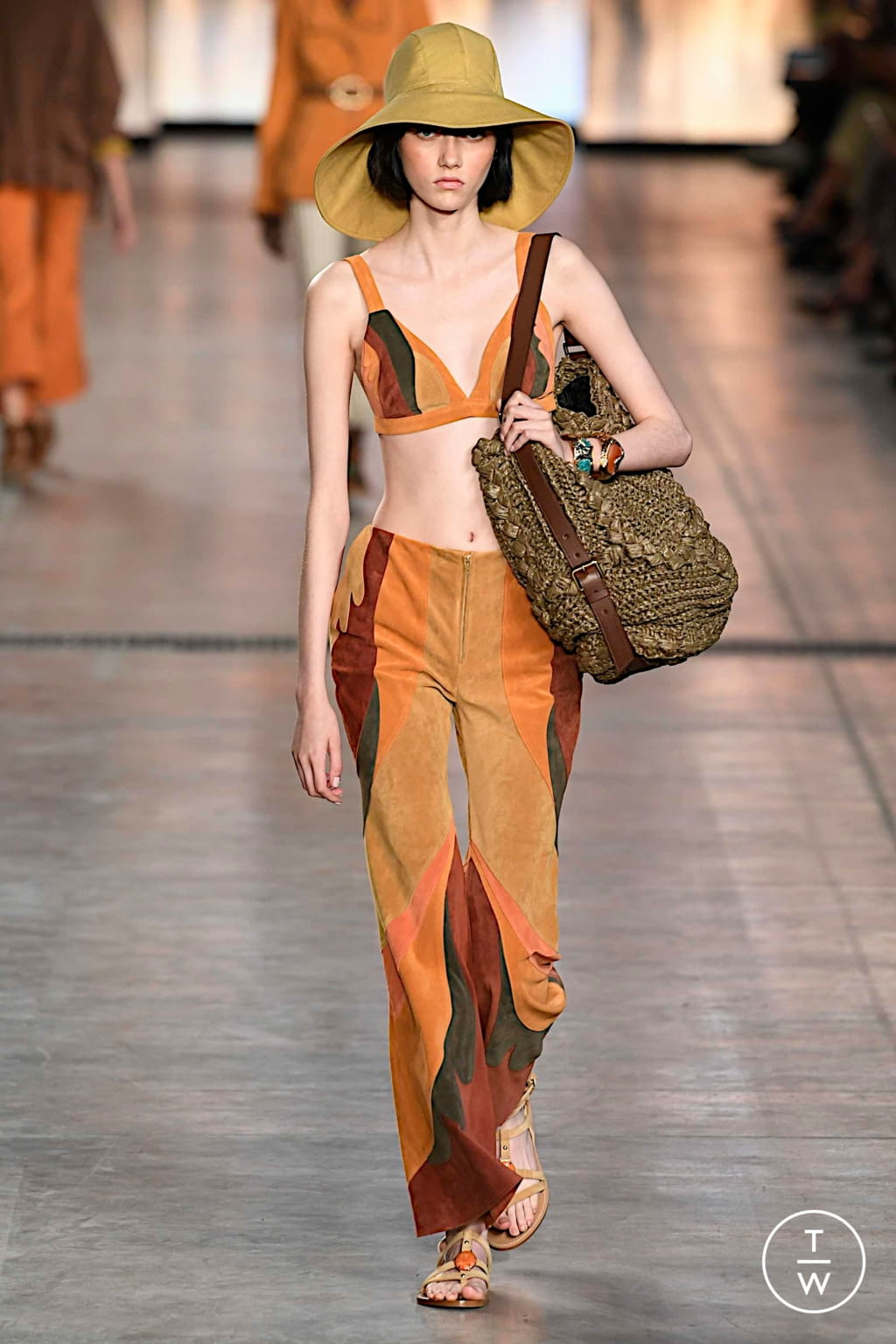 Fashion Week Milan Spring/Summer 2020 look 3 de la collection Alberta Ferretti womenswear