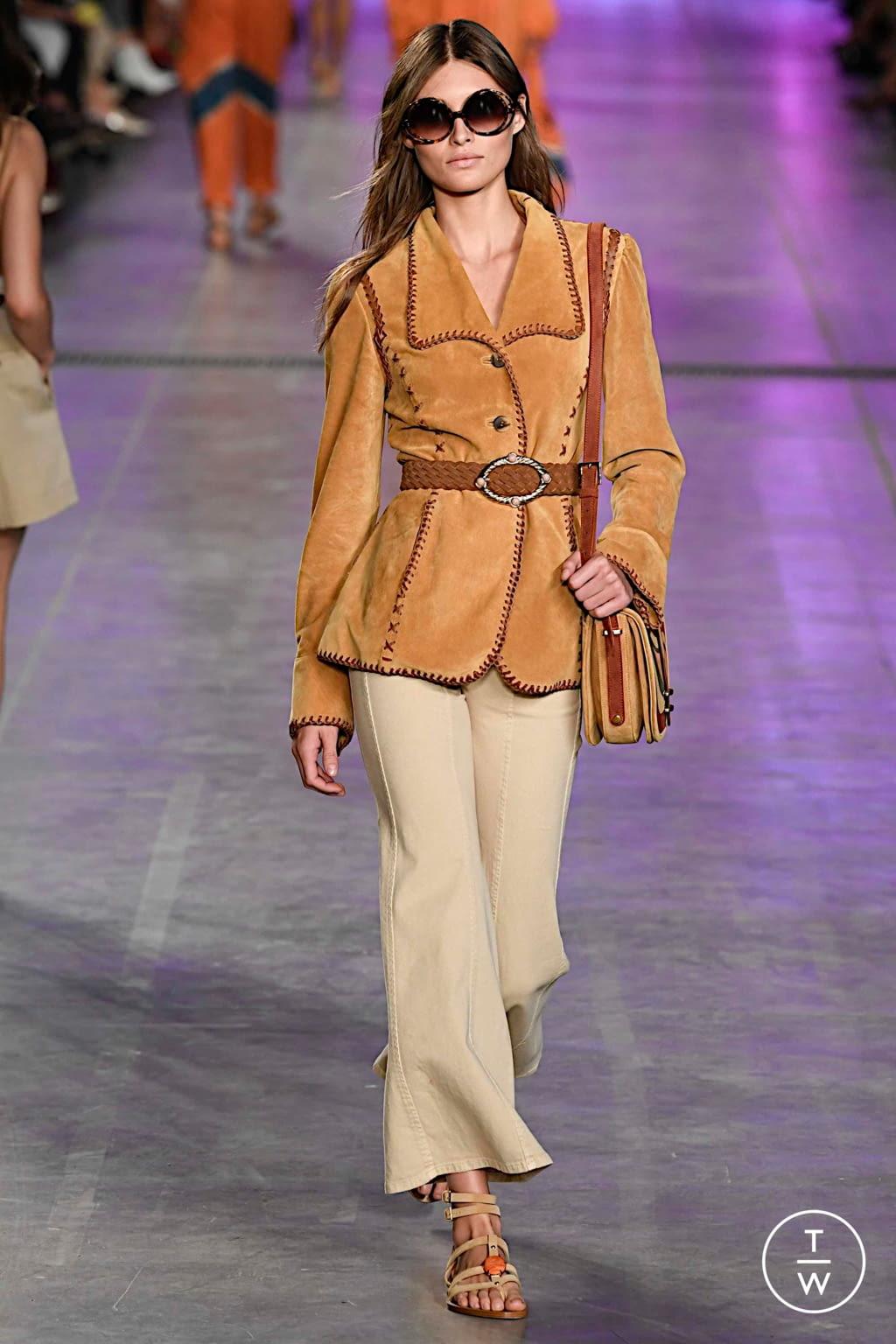 Fashion Week Milan Spring/Summer 2020 look 16 from the Alberta Ferretti collection womenswear