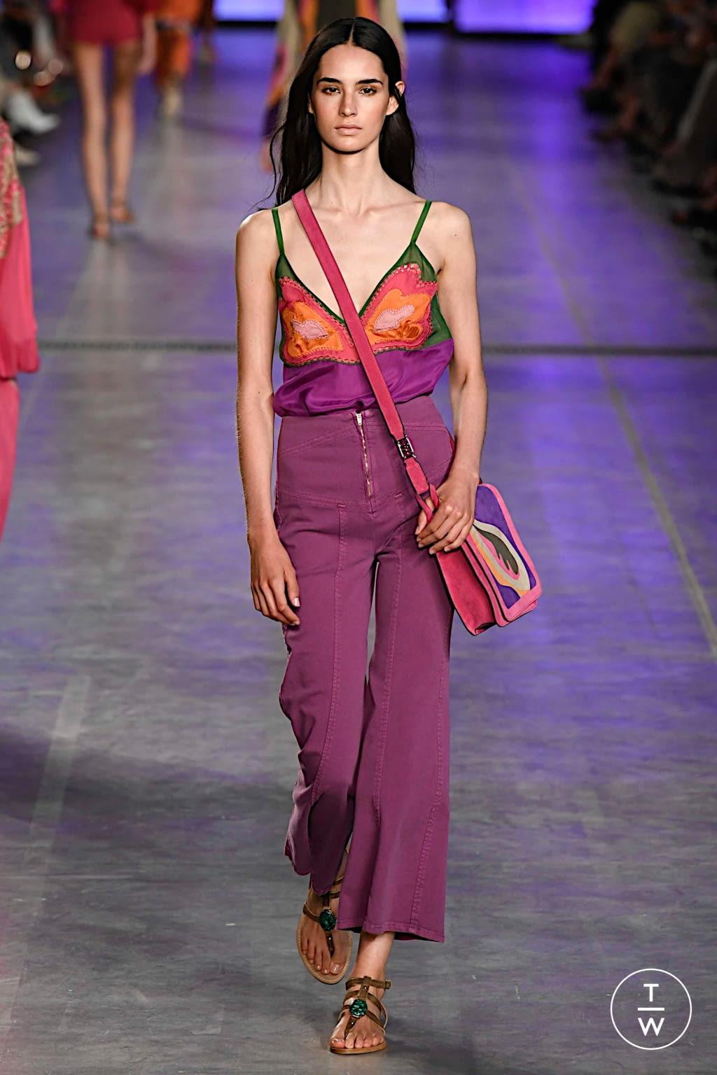 Fashion Week Milan Spring/Summer 2020 look 21 from the Alberta Ferretti collection womenswear