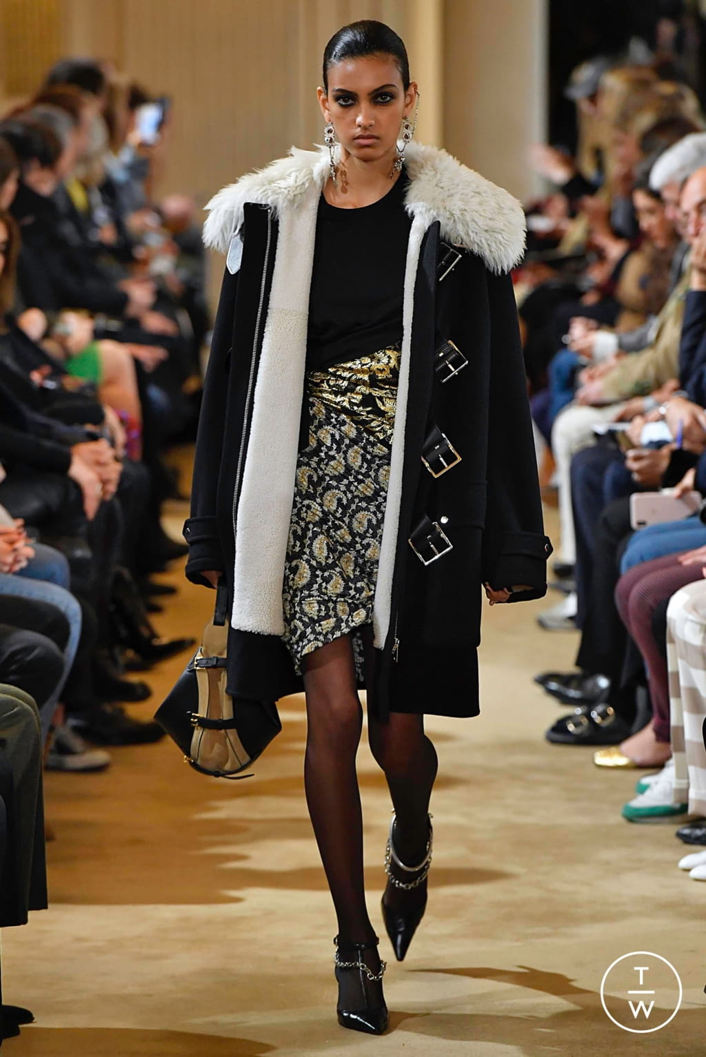 Fashion Week Paris Fall/Winter 2019 look 3 from the Altuzarra collection womenswear