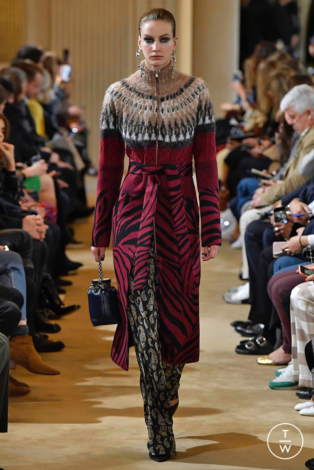 Fashion Week Paris Fall/Winter 2019 look 15 from the Altuzarra collection womenswear