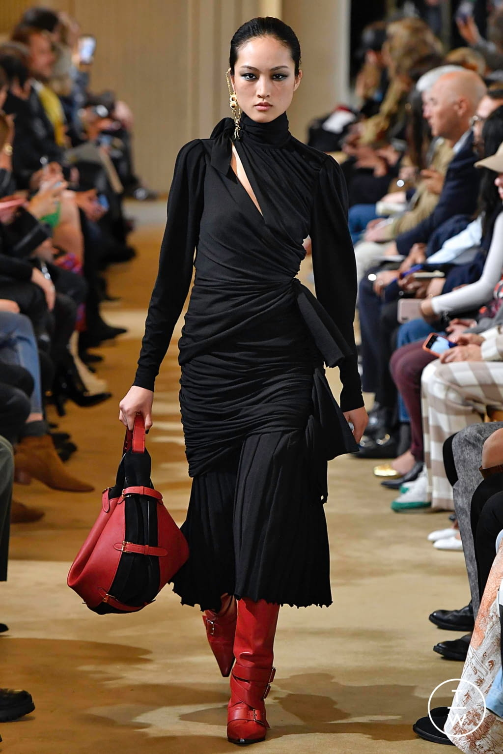 Fashion Week Paris Fall/Winter 2019 look 37 from the Altuzarra collection womenswear