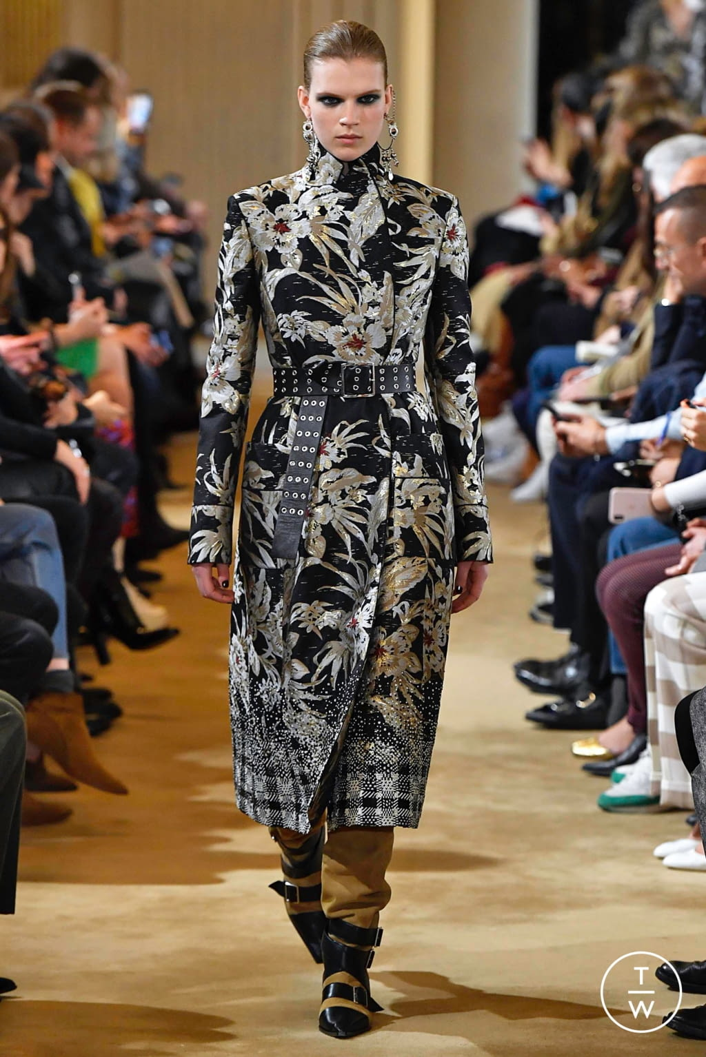 Fashion Week Paris Fall/Winter 2019 look 38 from the Altuzarra collection 女装