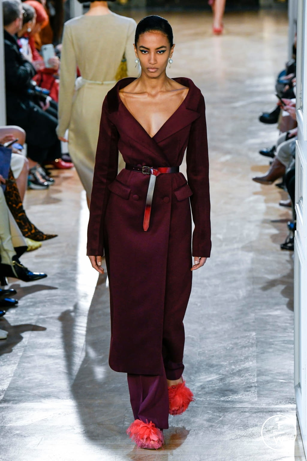 Fashion Week Paris Fall/Winter 2020 look 5 from the Altuzarra collection 女装
