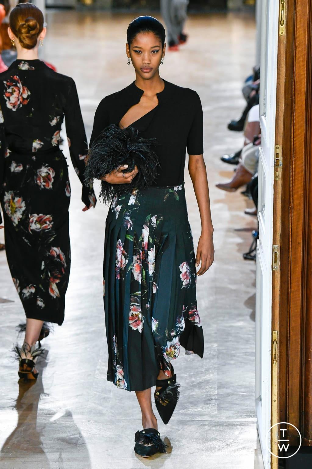 Fashion Week Paris Fall/Winter 2020 look 12 de la collection Altuzarra womenswear