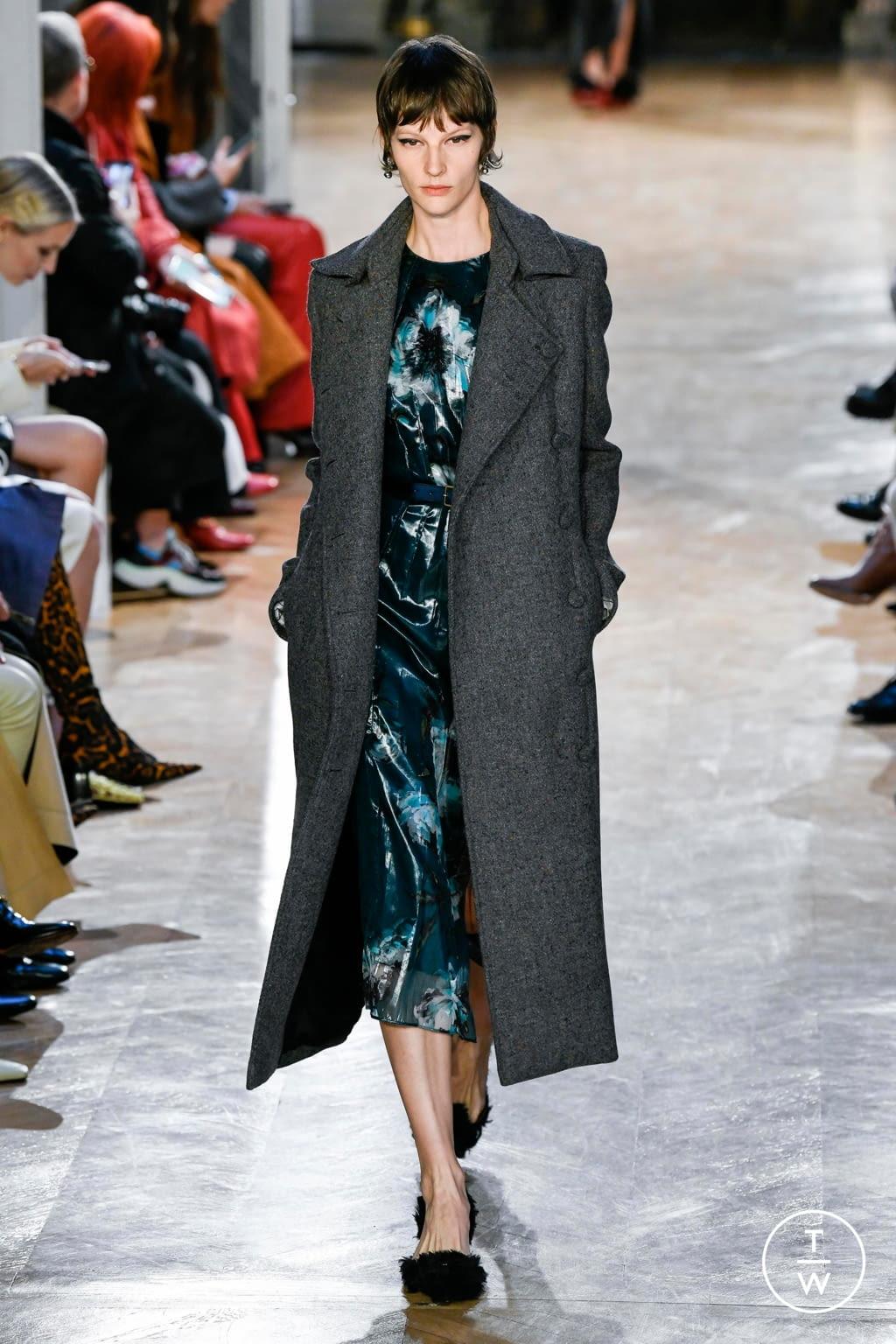 Fashion Week Paris Fall/Winter 2020 look 16 de la collection Altuzarra womenswear