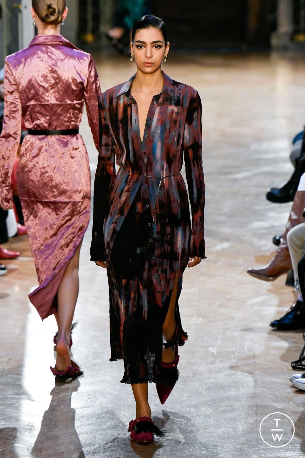 Fashion Week Paris Fall/Winter 2020 look 30 from the Altuzarra collection womenswear