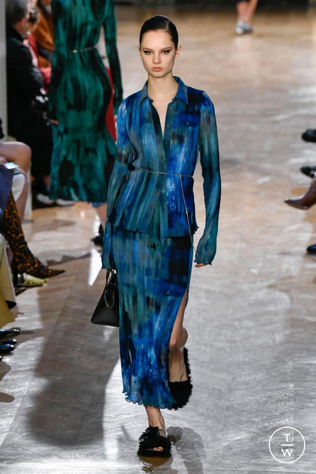 Fashion Week Paris Fall/Winter 2020 look 32 from the Altuzarra collection womenswear