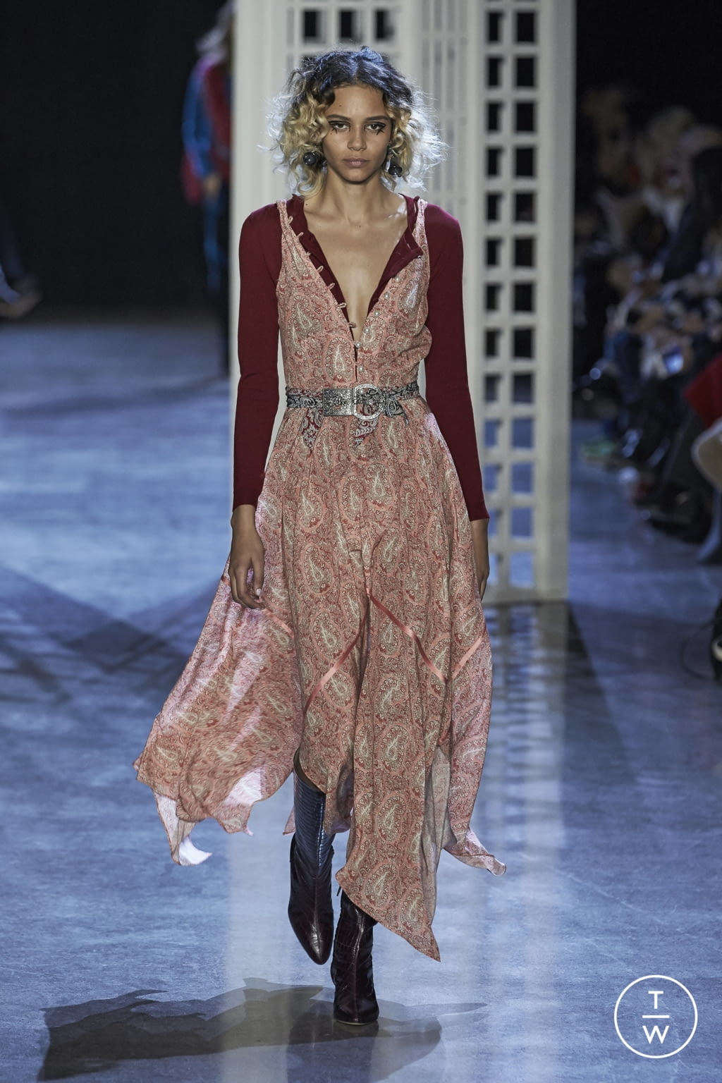 Fashion Week New York Fall/Winter 2016 look 21 from the Altuzarra collection womenswear