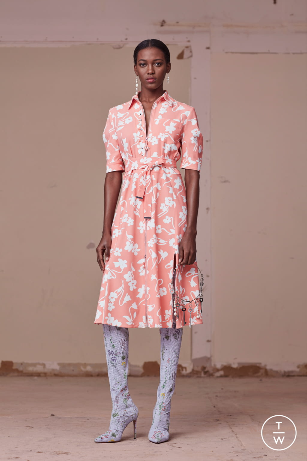 Fashion Week New York Pre-Fall 2017 look 16 from the Altuzarra collection womenswear