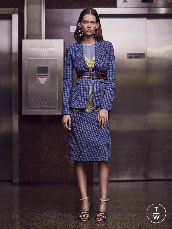 Fashion Week New York Resort 2017 look 7 from the Altuzarra collection womenswear