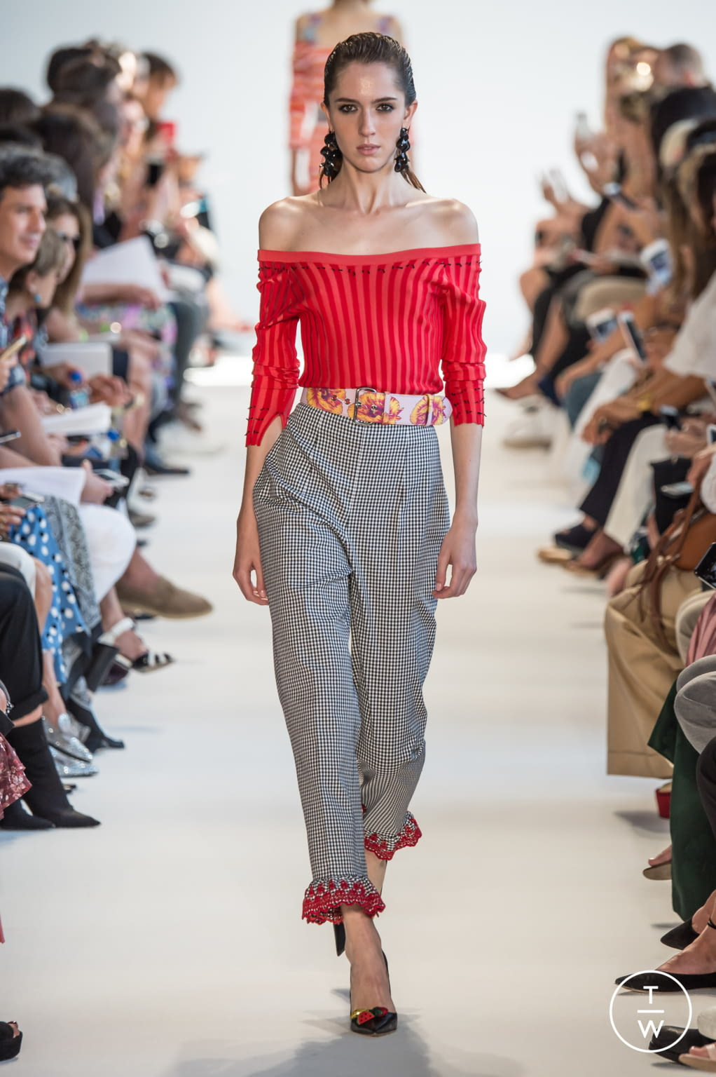 Fashion Week New York Spring/Summer 2017 look 11 from the Altuzarra collection womenswear