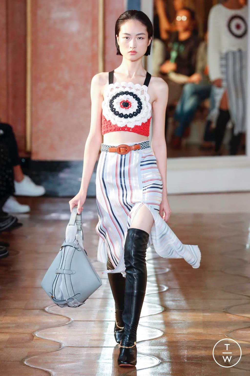 Fashion Week Paris Spring/Summer 2020 look 6 from the Altuzarra collection womenswear