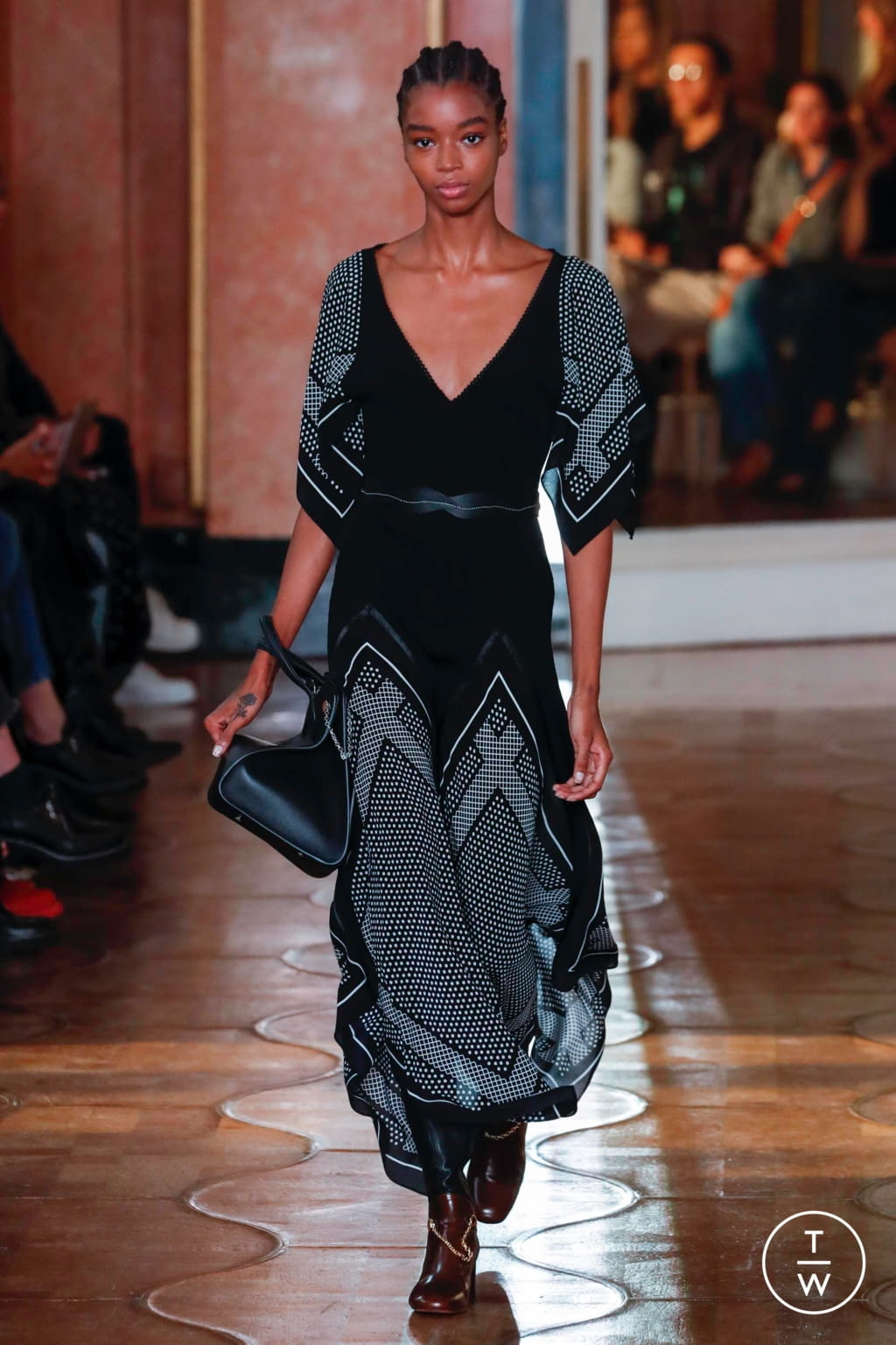 Fashion Week Paris Spring/Summer 2020 look 38 from the Altuzarra collection womenswear