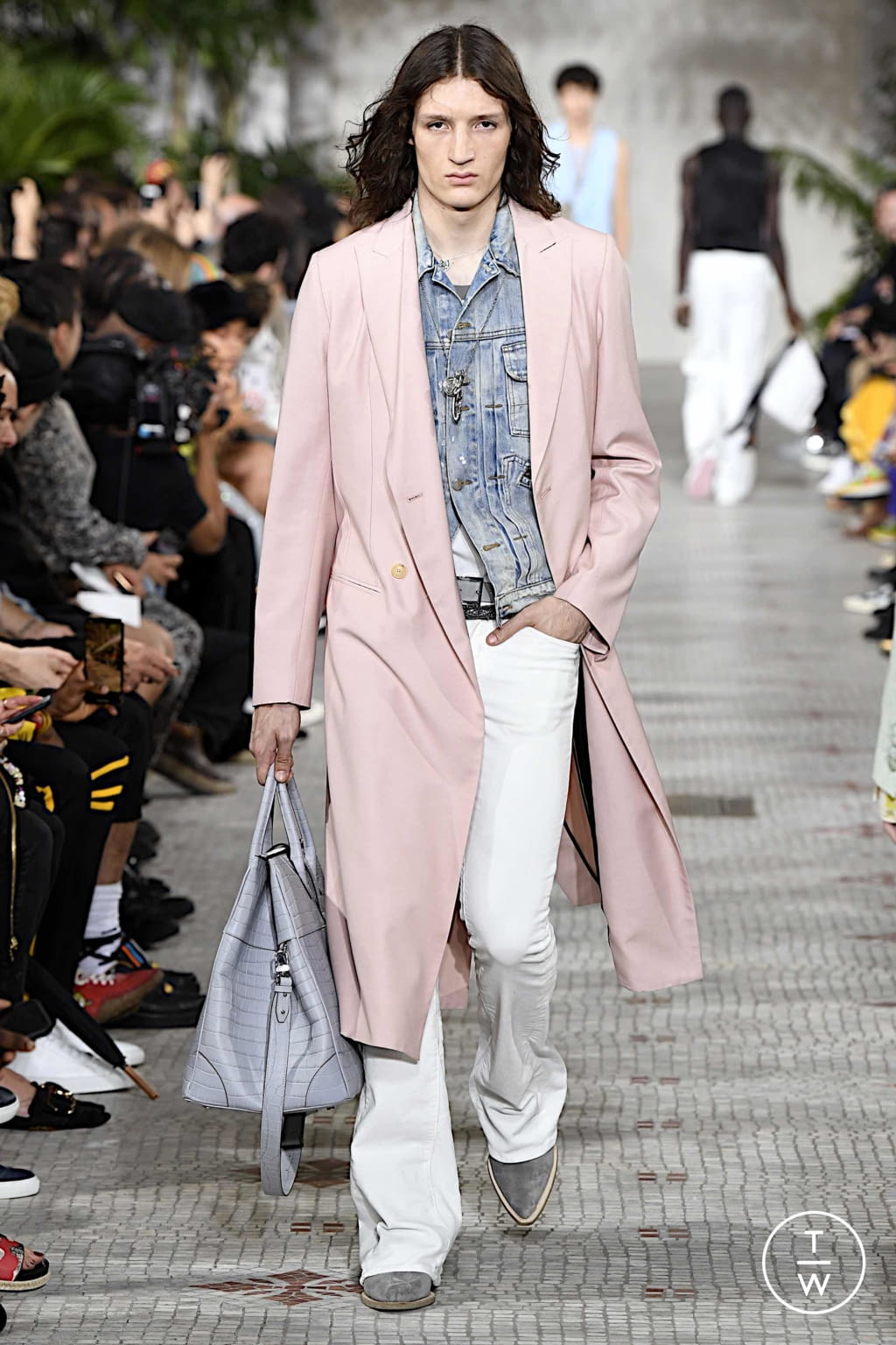 Fashion Week Paris Spring/Summer 2020 look 5 from the Amiri collection menswear